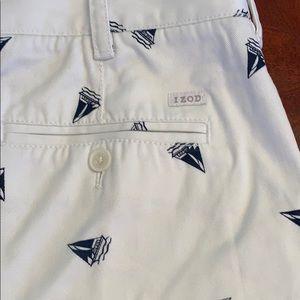 Izod sailing shorts